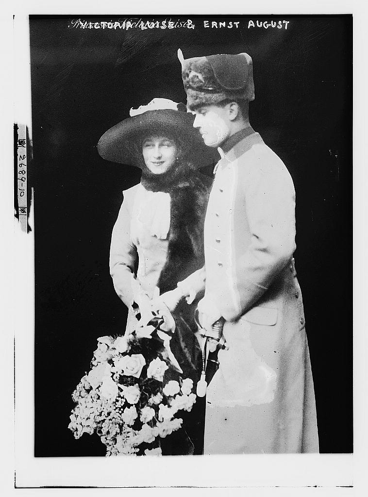 8 x 10 Photo of Victoria Louise & Ernst August 1913 G. Bain Collection 30a