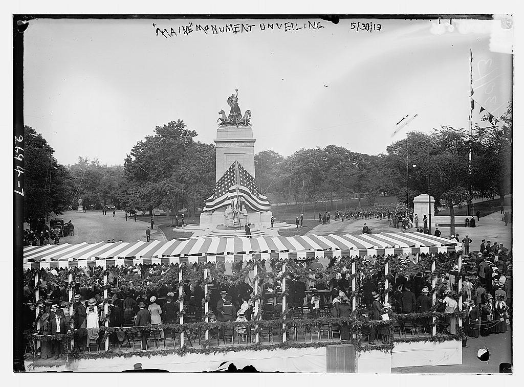 8 x 10 Photo of Unveiling of MAINE Monument 1913 G. Bain Collection 78a