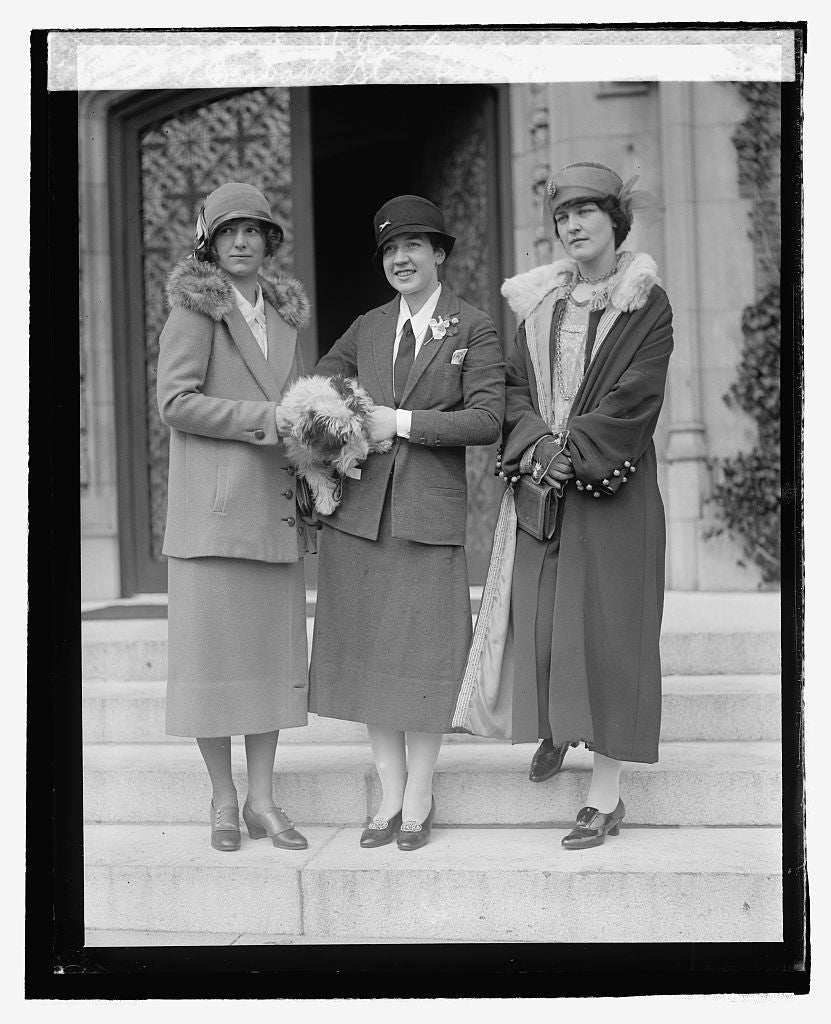 16 x 20 Reprinted Old Photo ofBarbara Stanfield, Natalie Hammond, and Helen Carnsi 1925 National Photo Co  37a