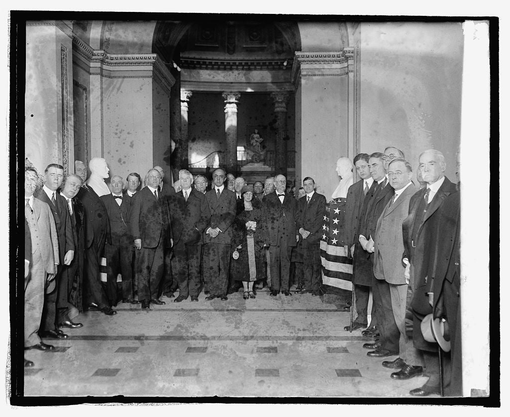 16 x 20 Reprinted Old Photo ofUnveiling of busts of Champ Clark and Rep. J.R. Mann at Captiol, 2/28/25 1925 National Photo Co  00a