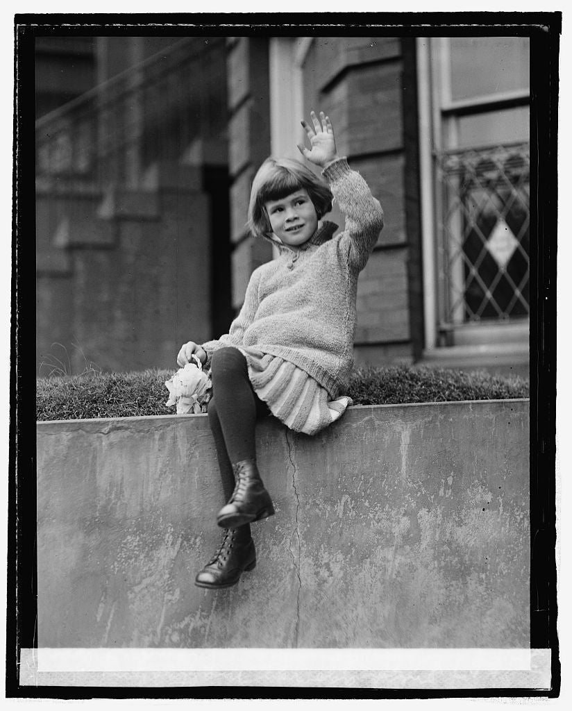 16 x 20 Reprinted Old Photo ofEdith, daughter of Amb. & Baroness Ago von Maltzahn, 3/10/25 1925 National Photo Co  40a