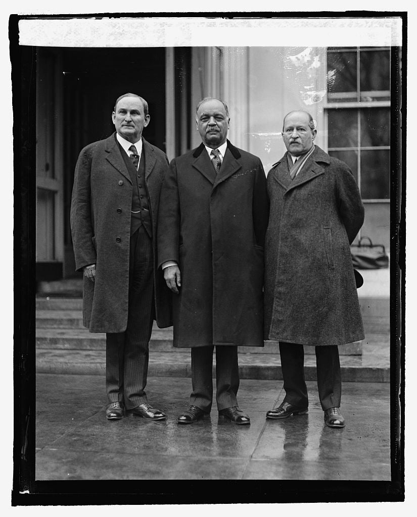 16 x 20 Reprinted Old Photo ofSenate Com., Sen. J.T. Robinson, Sen. Curtis, & D.S. Barry, 3/17/25 1925 National Photo Co  84a