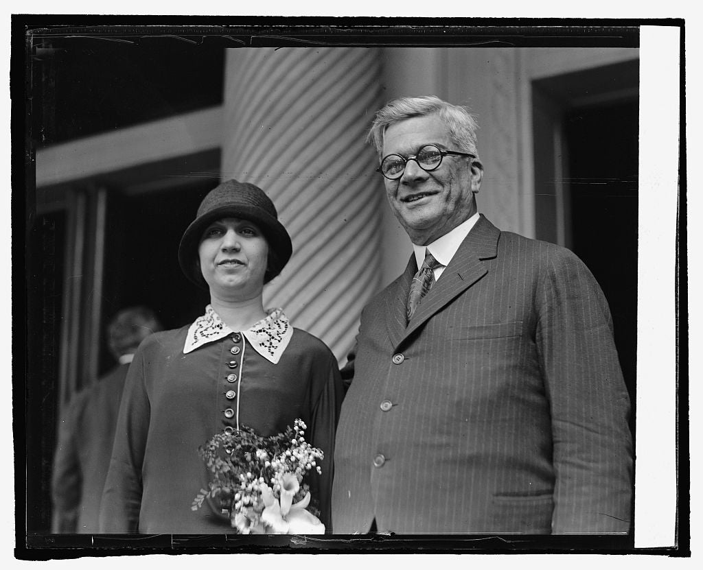 16 x 20 Reprinted Old Photo ofPresident Elect Gerardo Machado with daughter, Elvira, 4/15/25 1925 National Photo Co  10a