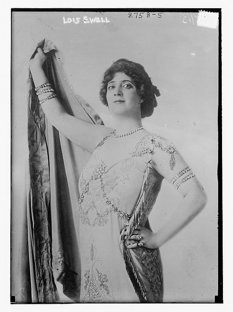 8 x 10 Photo of Lois Ewell 1913 G. Bain Collection 77a