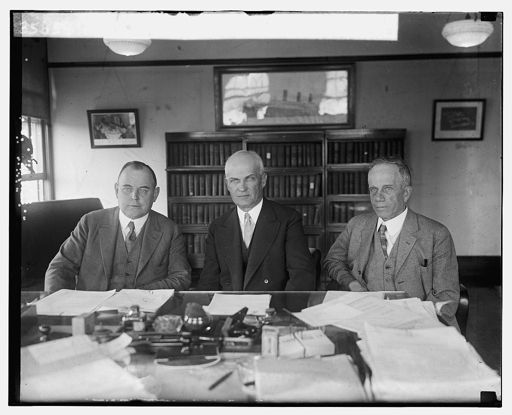 16 x 20 Gallery Wrapped Frame Art Canvas Print of W.W. Husband, Robe Carl White and Harry E. Hull, 5/13/25 1925 National Photo Co  88a