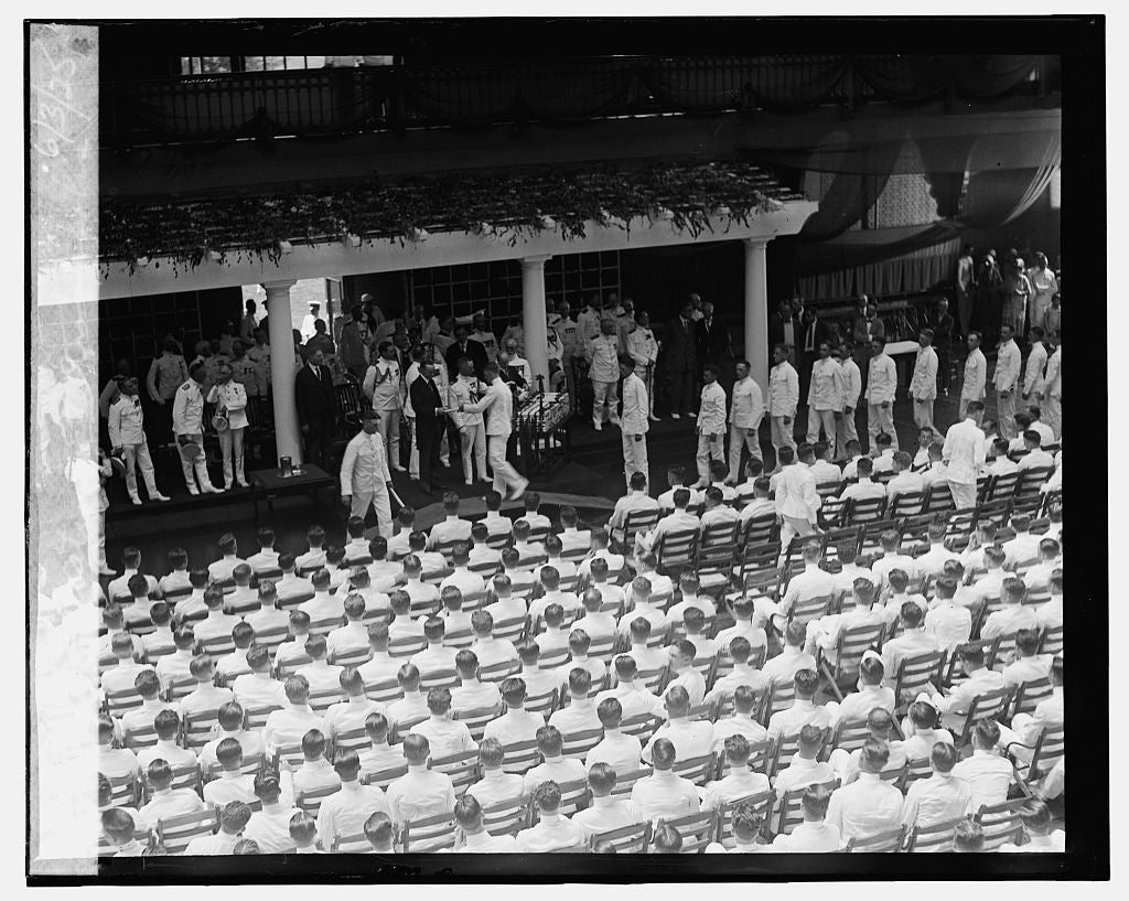 16 x 20 Gallery Wrapped Frame Art Canvas Print of Graduation at Annapolis, 6/3/25 1925 National Photo Co  76a
