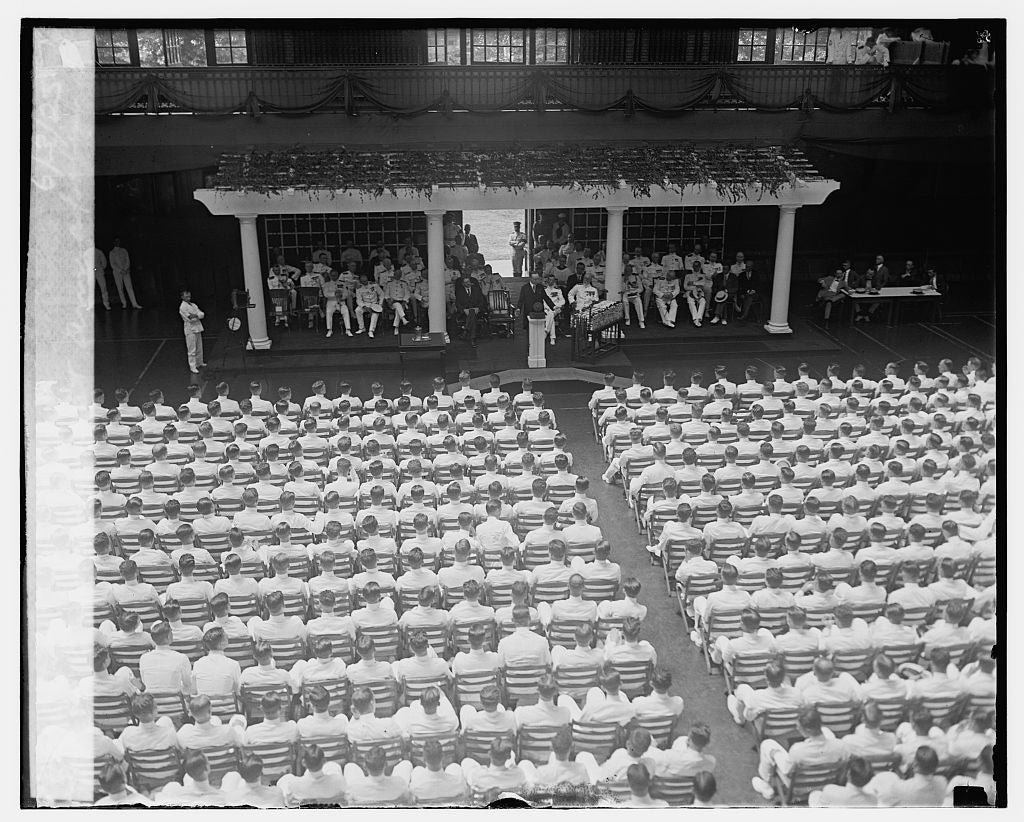16 x 20 Gallery Wrapped Frame Art Canvas Print of Graduation at Annapolis, 6/3/25 1925 National Photo Co  78a