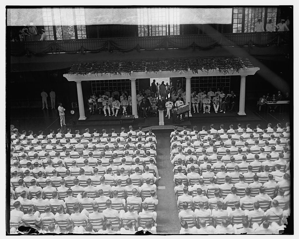 16 x 20 Gallery Wrapped Frame Art Canvas Print of Graduation at Annapolis, 6/3/25 1925 National Photo Co  80a