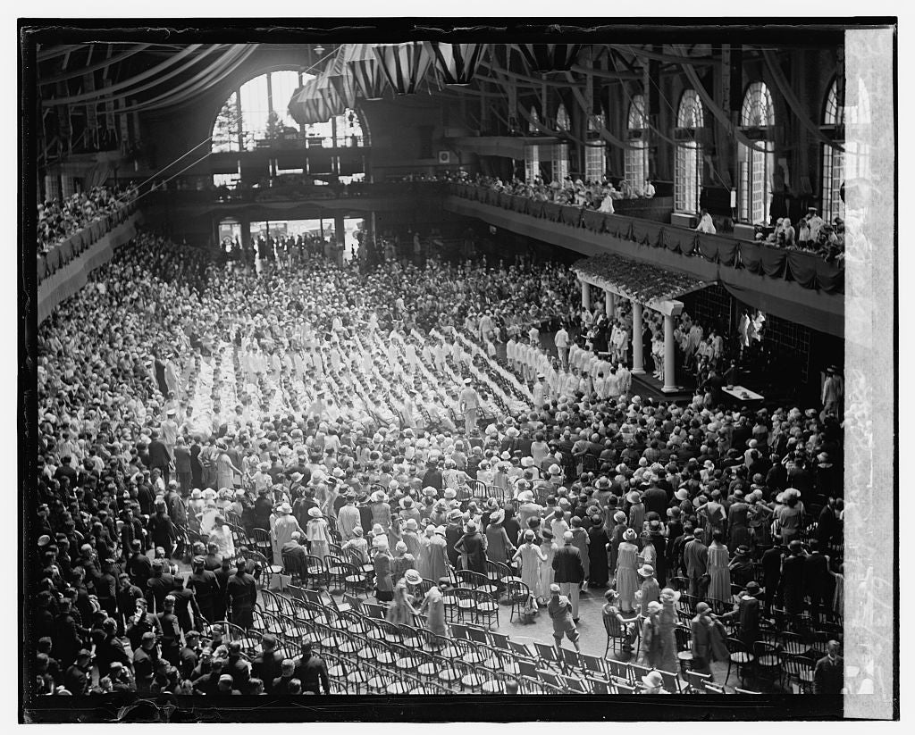 16 x 20 Gallery Wrapped Frame Art Canvas Print of Graduation at Annapolis, 6/3/25 1925 National Photo Co  81a
