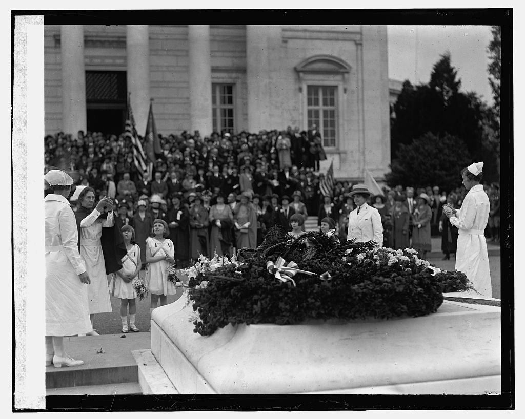 16 x 20 Gallery Wrapped Frame Art Canvas Print of Mother's Day at Arlington, 5/10/25 1925 National Photo Co  10a