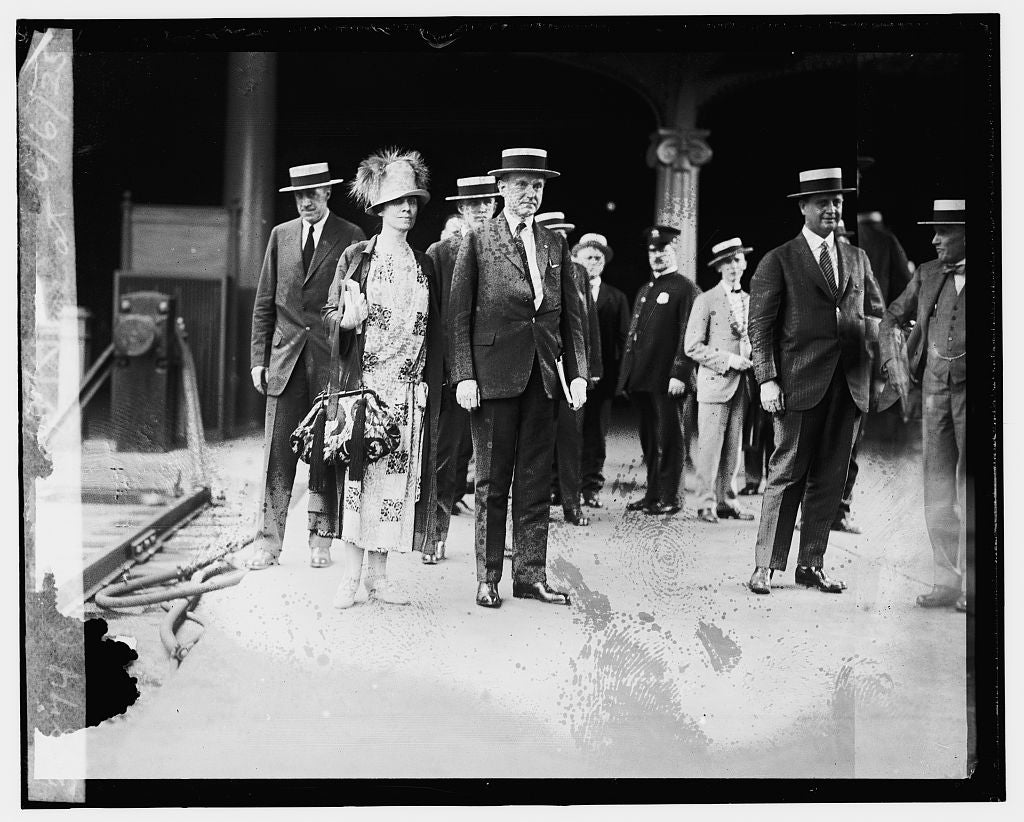 16 x 20 Gallery Wrapped Frame Art Canvas Print of Pres. & Mrs. Coolidge at Union Station, 6/6/25 1925 National Photo Co  12a