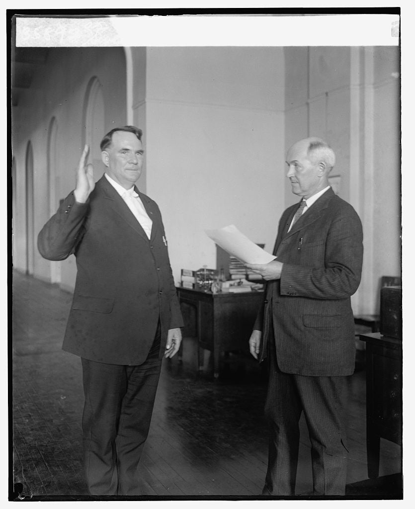 16 x 20 Gallery Wrapped Frame Art Canvas Print of Swearing in of Winfield Scott as Commissioner of Pensions, 6/10/25 1925 National Photo Co  19a