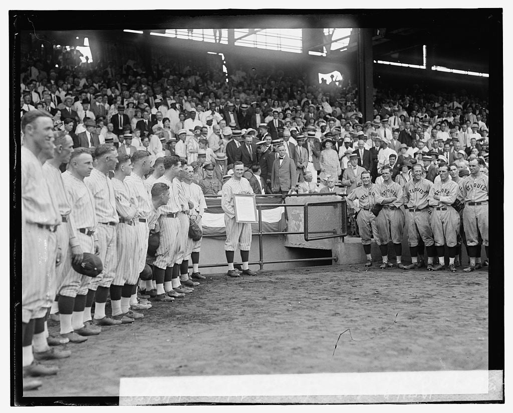 16 x 20 Reprinted Old Photo ofCoolidge presents Walter Johnson with 1924 American League Diploma, 6/18/25 1925 National Photo Co  78a