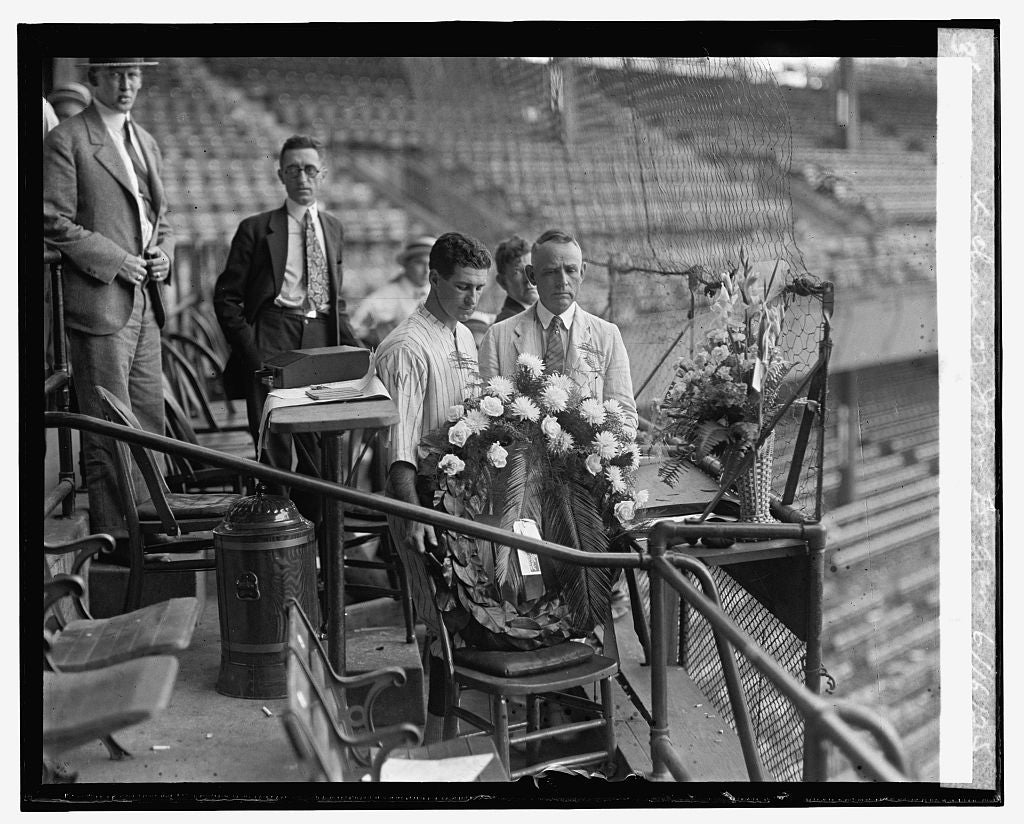 16 x 20 Reprinted Old Photo ofHarris & Griffith place wreath in chair of John Dugan, 6/16/25 1925 National Photo Co  85a