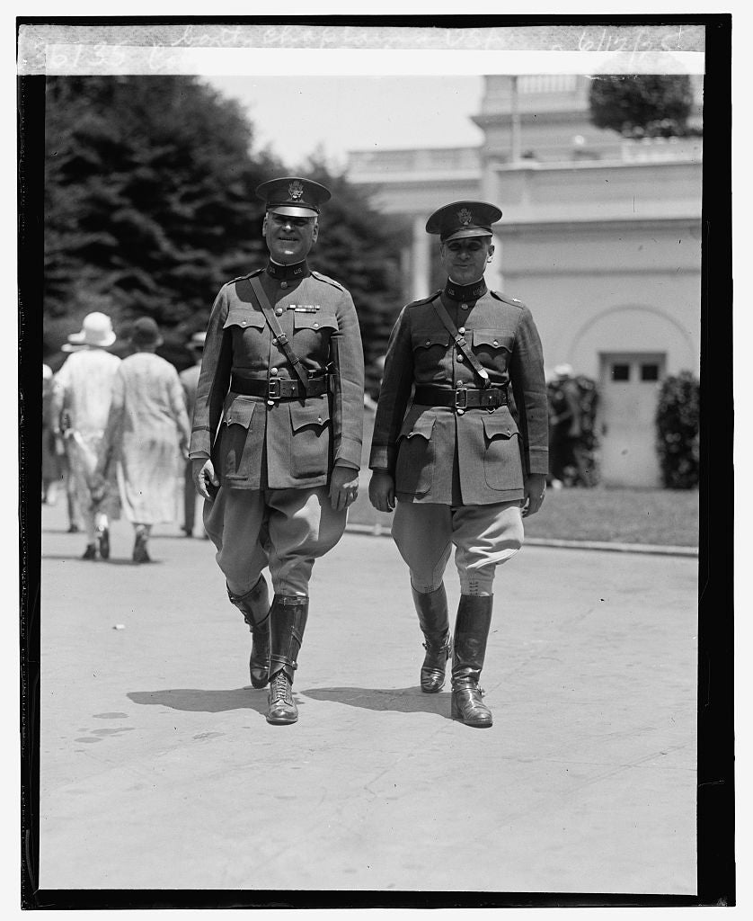 16 x 20 Reprinted Old Photo ofCol. John T. Oxton & son, Jr., both chaplains, U.S.A., 6/12/25 1925 National Photo Co  14a