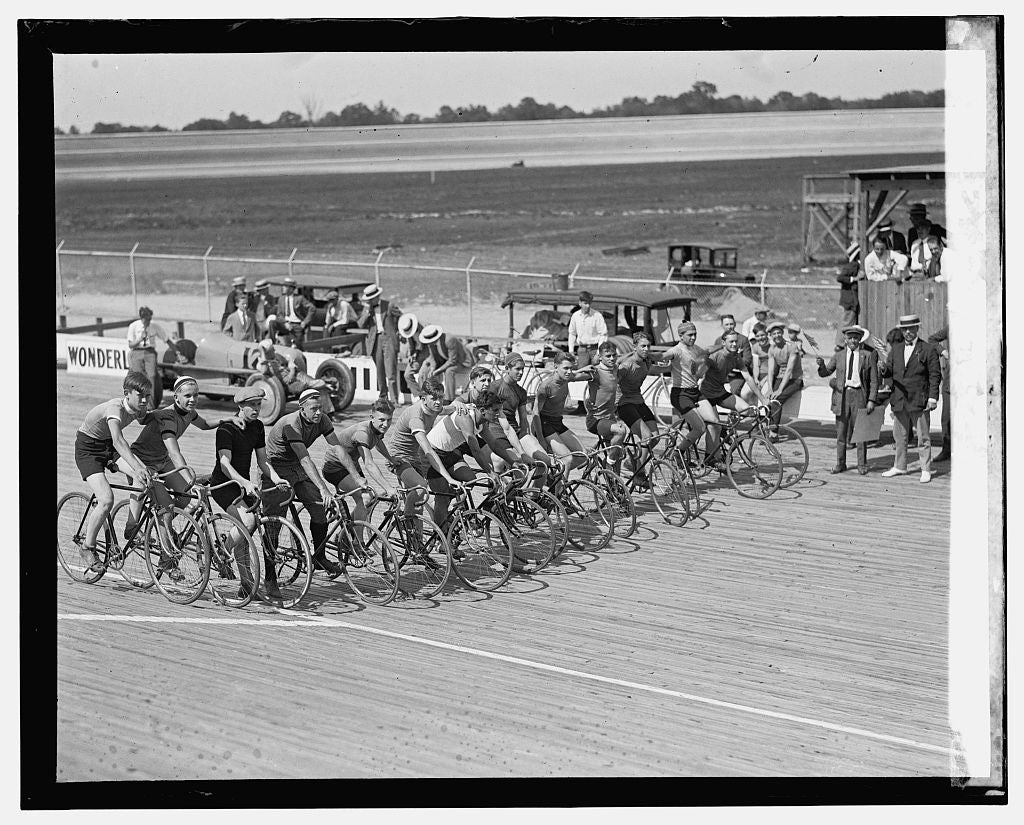 16 x 20 Reprinted Old Photo ofLaurel bicycle races, 7/18/25 1925 National Photo Co  89a