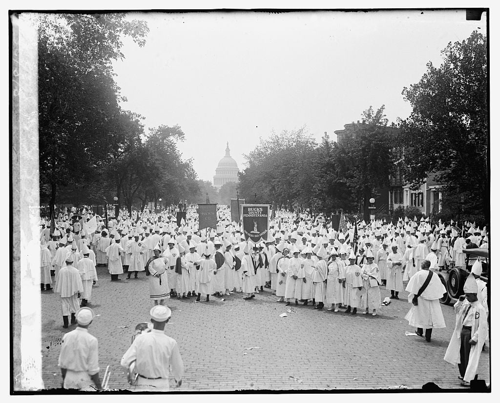 16 x 20 Reprinted Old Photo ofFormation of K.K.K. parade, 8/8/25 1925 National Photo Co  08a