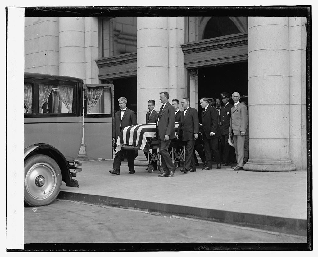 16 x 20 Reprinted Old Photo ofBody of Bryan carried from Union Station, 7/30/25 1925 National Photo Co  20a