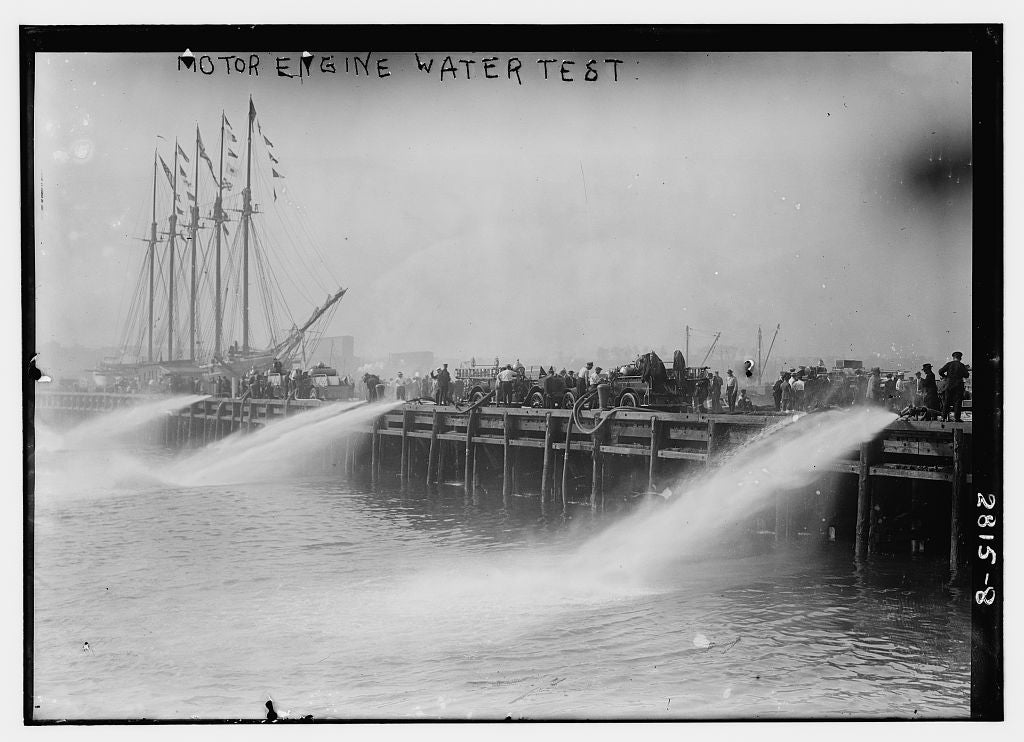 8 x 10 Photo of Motor engine water test 1913 G. Bain Collection 39a