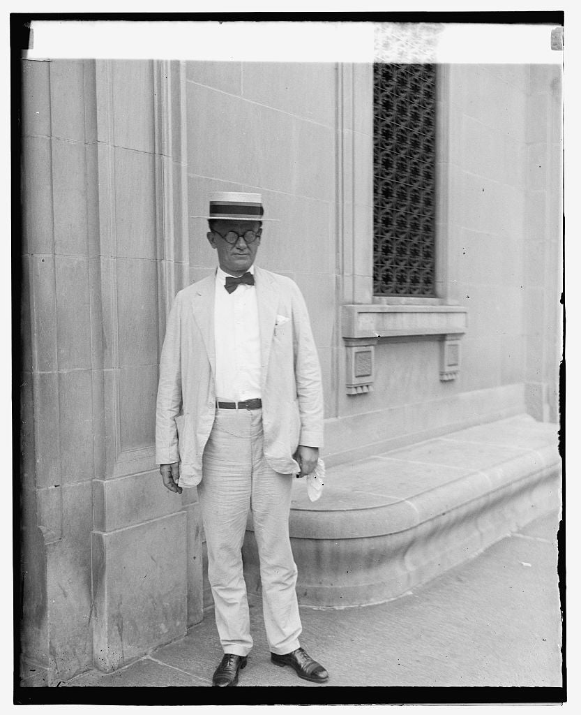 16 x 20 Reprinted Old Photo ofE.C. Yellowly, Chief of general prohibition agents, 8/18/25 1925 National Photo Co  11a