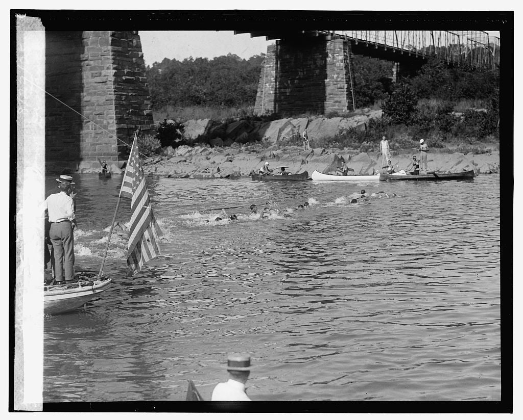 16 x 20 Reprinted Old Photo ofStart of 1st Nat'l Long Distance Swimming Race, 8/22/25 1925 National Photo Co  31a