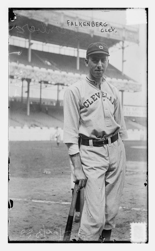 8 x 10 Photo of Cy Falkenberg, Cleveland AL, at Polo Grounds, NY baseball  1913 G. Bain Collection 57a