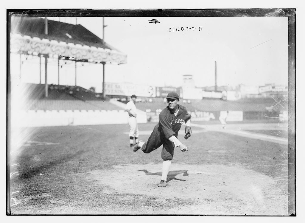 8 x 10 Photo of Eddie Cicotte, Chicago AL, at Polo Grounds, NY baseball  1913 G. Bain Collection 62a
