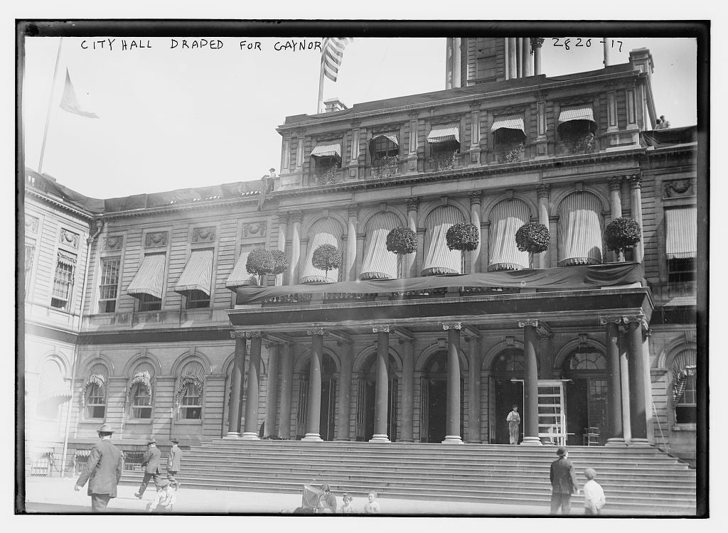 8 x 10 Photo of City Hall draped for Gaynor 1913 G. Bain Collection 77a