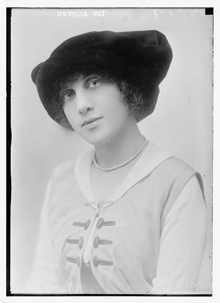 8 x 10 Photo of Natalie Alt 1913 G. Bain Collection 82a