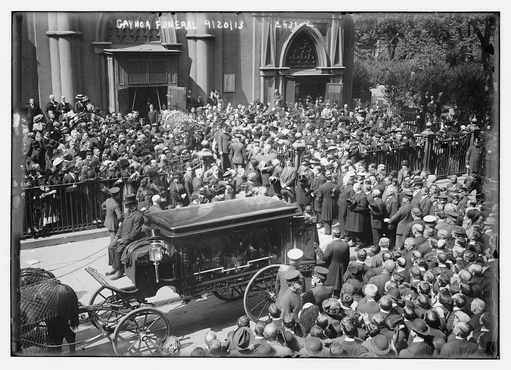 8 x 10 Photo of Gaynor funeral 1913 G. Bain Collection 08a
