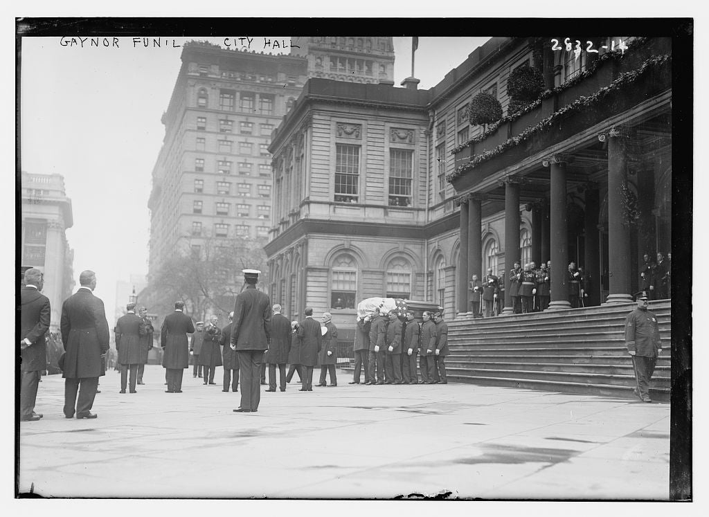 8 x 10 Photo of Gaynor fun'l funeral City Hall 1913 G. Bain Collection 17a
