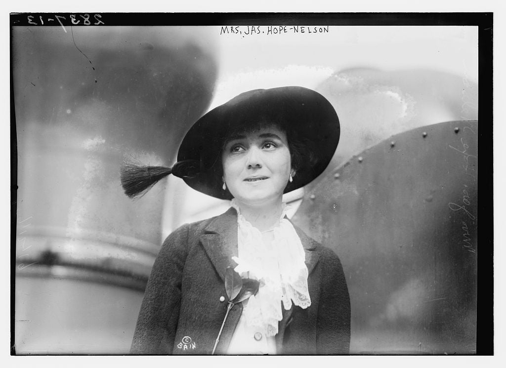 8 x 10 Photo of Mrs. Jas. Hope-Nelson 1913 G. Bain Collection 33a