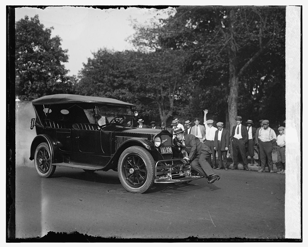 16 x 20 Gallery Wrapped Frame Art Canvas Print of Demonstration of auto safety fender, 9/11/25 1925 National Photo Co  20a