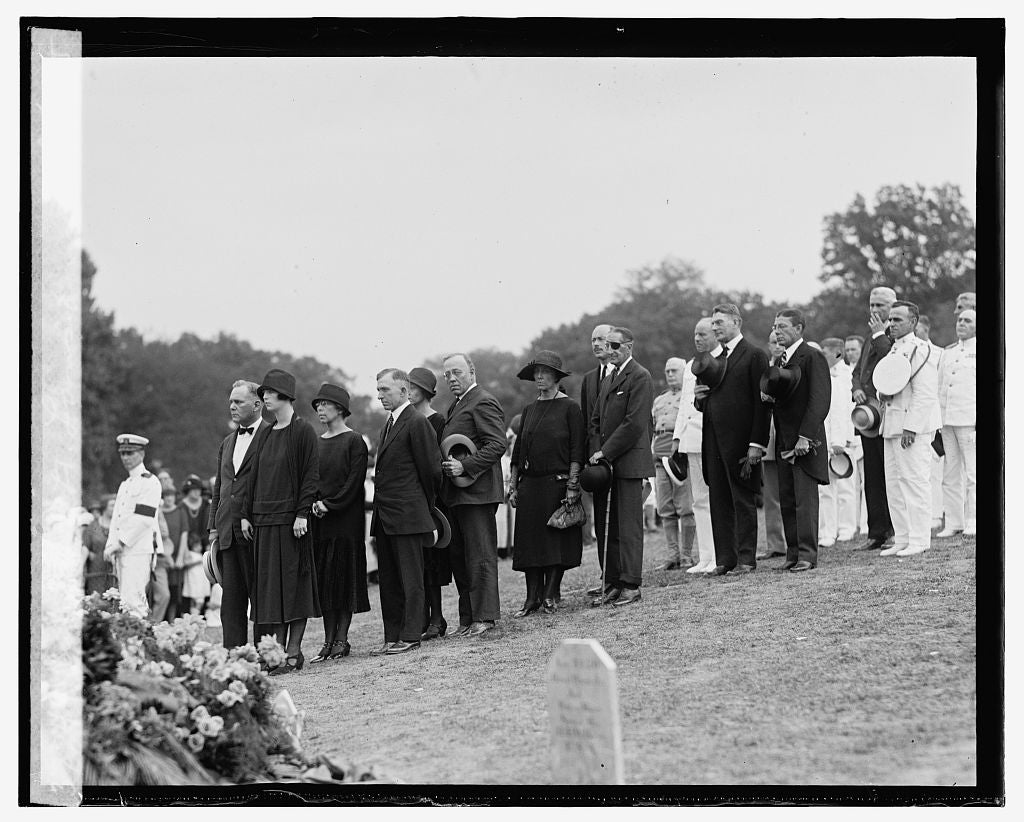 16 x 20 Gallery Wrapped Frame Art Canvas Print of Burial of Lt. Lansdowne, 9/8/25 1925 National Photo Co  22a