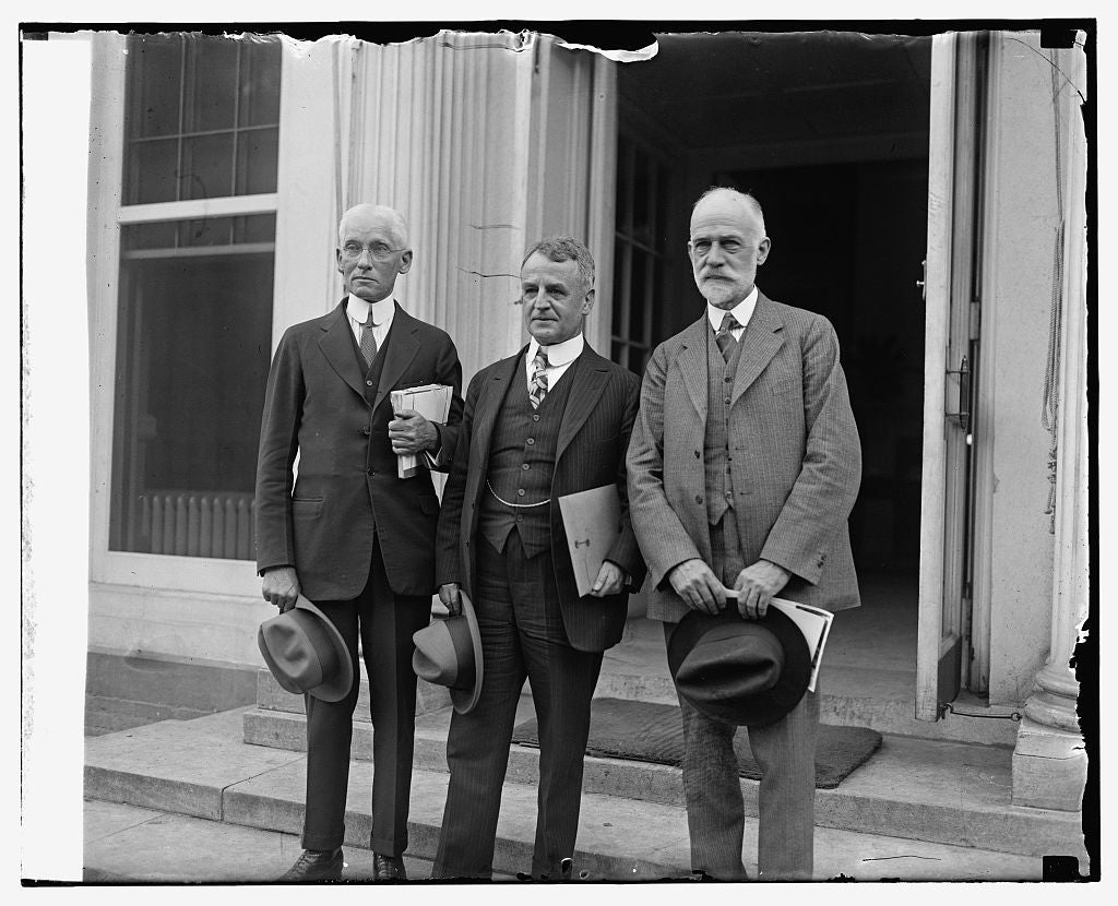 16 x 20 Gallery Wrapped Frame Art Canvas Print of A.D. Denison, Dwight W. Morrow, W.F. Durand spec. aviation board , 9/17/25 1925 National Photo Co  37a
