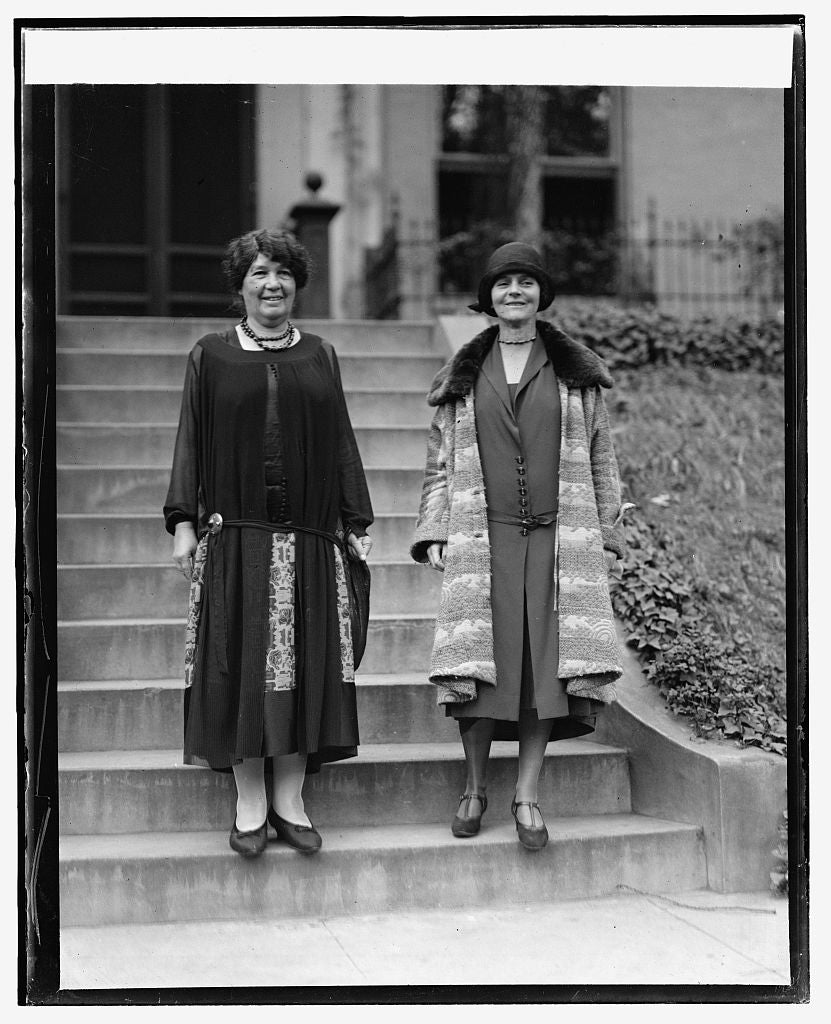 16 x 20 Gallery Wrapped Frame Art Canvas Print of Mrs. Emmeline Pethick-Lawrence & Mrs. Jacob Riis, 10/1/25 1925 National Photo Co  42a