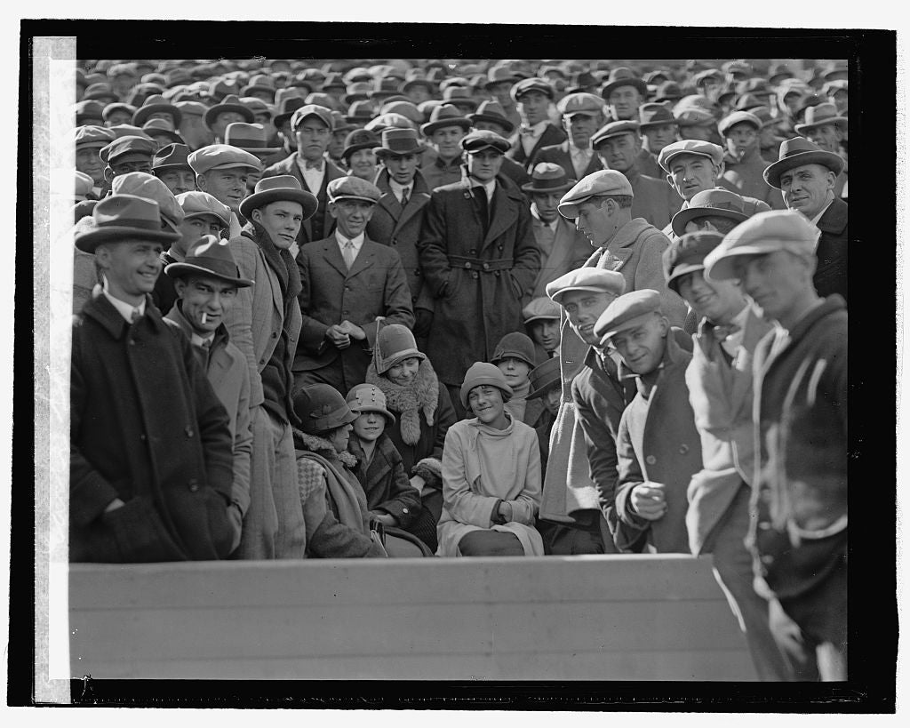 16 x 20 Reprinted Old Photo ofEarly fans at game, 10/10/25 1925 National Photo Co  57a