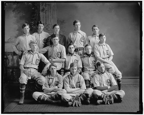 8 x 10 Reprinted Old Photo of Georgetown Prep Baseball Team 1905-45 Harris & Ewing 06a