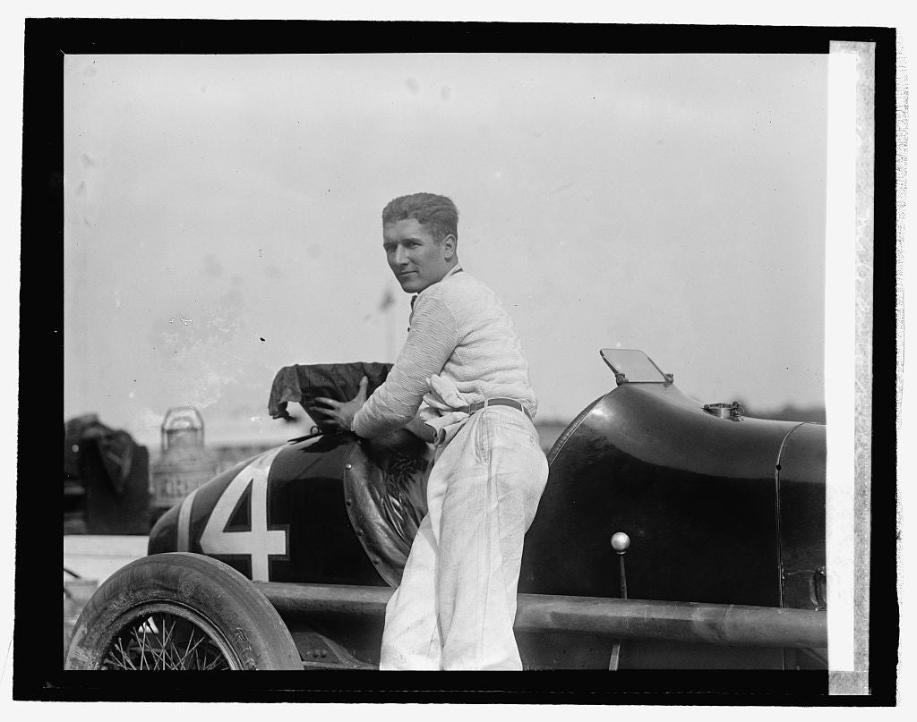 16 x 20 Reprinted Old Photo ofBob McDonogh, winner of 250 mile auto race, 10/26/25 1925 National Photo Co  64a