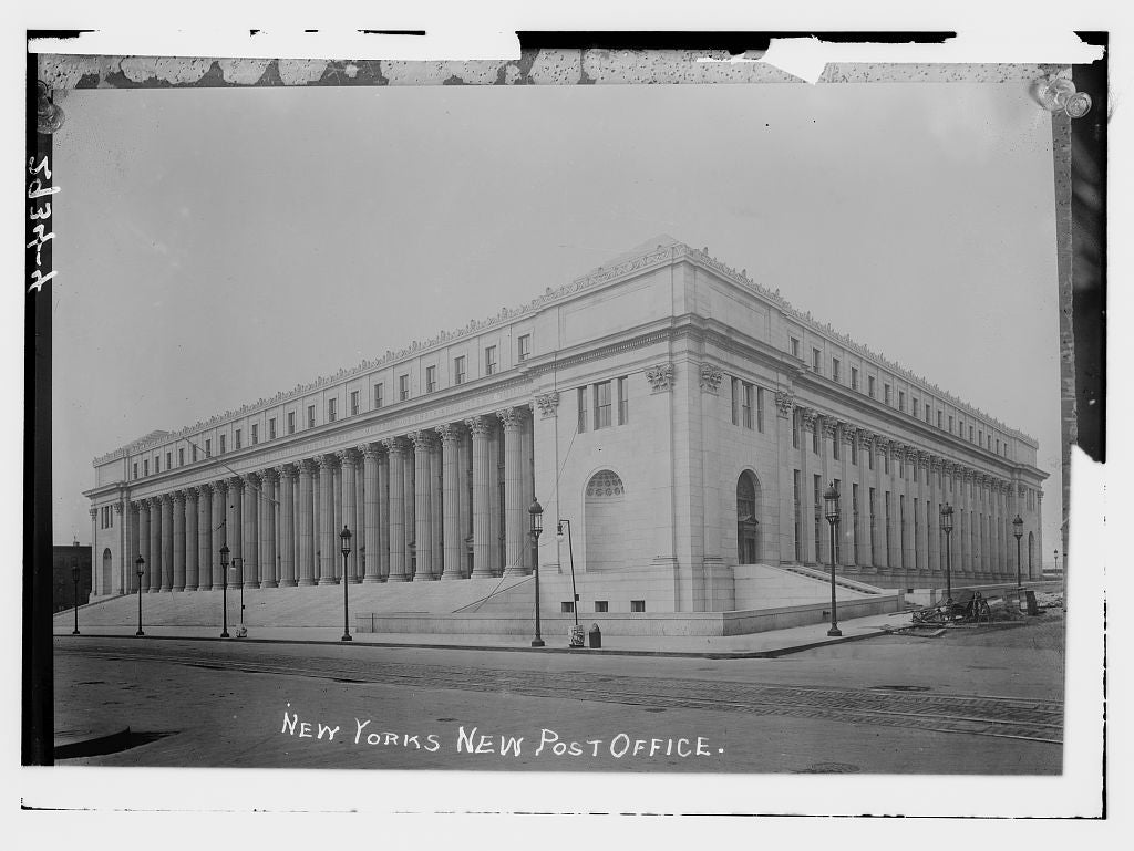 8 x 10 Photo of N.Y.'s new Post Office 1912 G. Bain Collection 05a