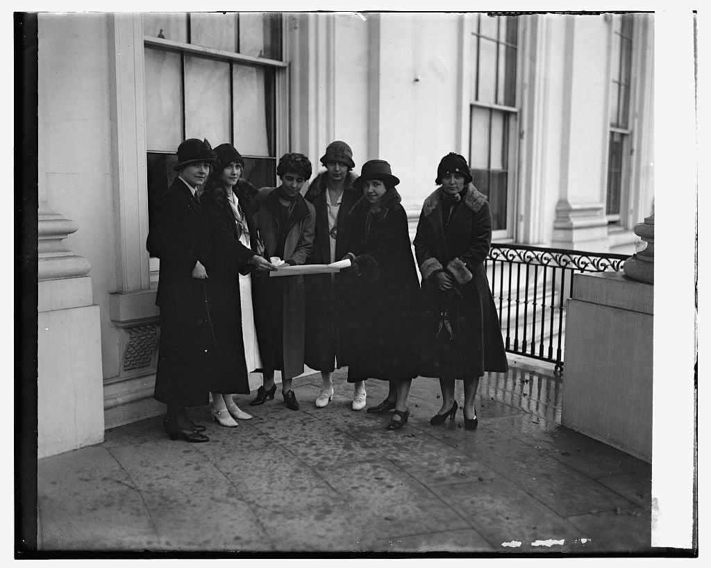 16 x 20 Gallery Wrapped Frame Art Canvas Print of Mrs. Coolidge & Y.W.C.A. delegation, 12/2/25 1925 National Photo Co  02a
