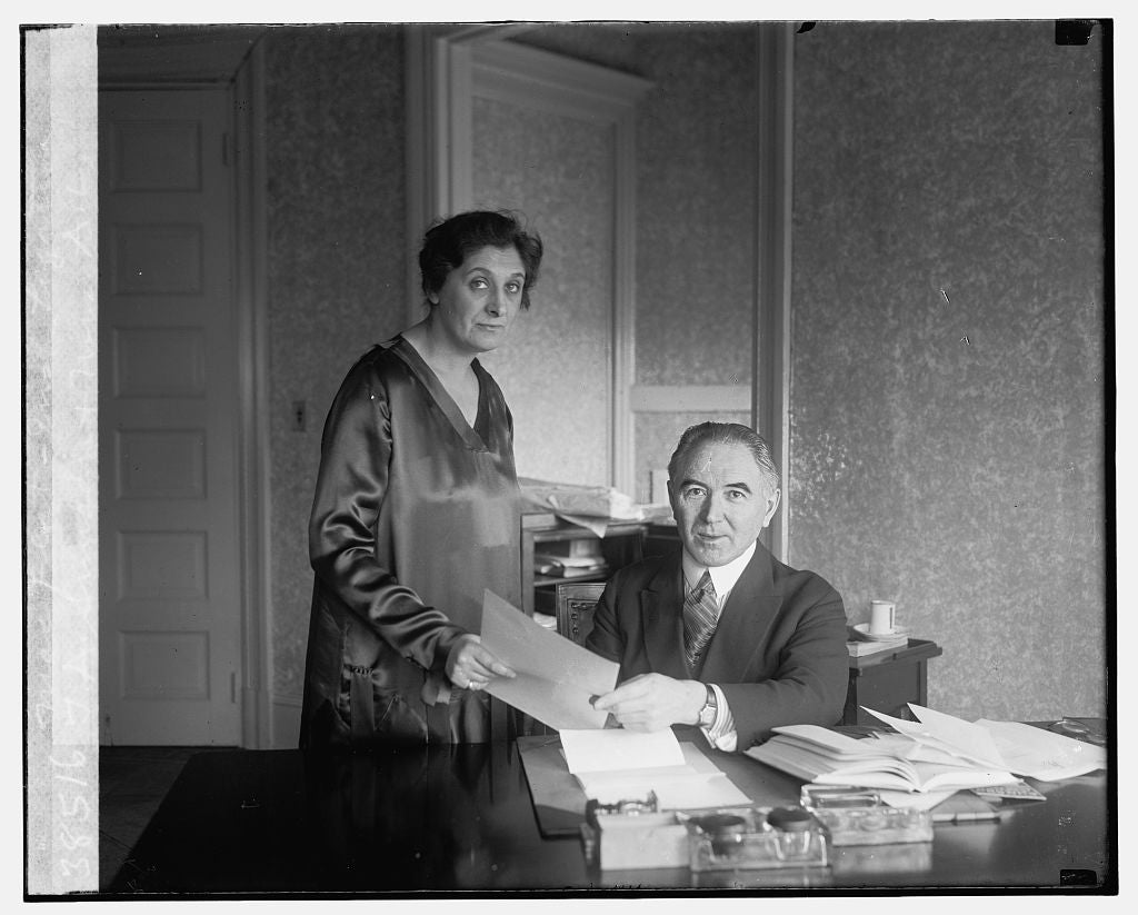 16 x 20 Gallery Wrapped Frame Art Canvas Print of T.A. Smiddy & Mrs. A.L. MacFlat, Irish Legation, 12/1/25 1925 National Photo Co  47a