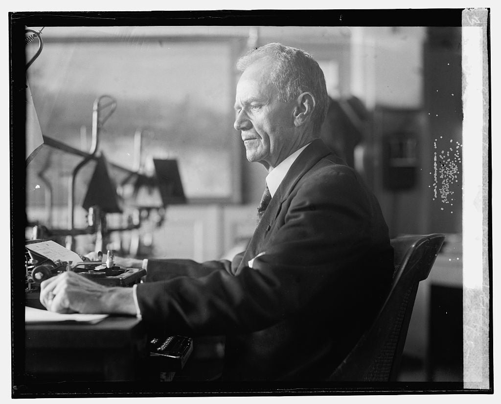 16 x 20 Gallery Wrapped Frame Art Canvas Print of Maj. Wm. A. King, oldest telegrapher, War Dept. staff, 12/7/25 1925 National Photo Co  56a