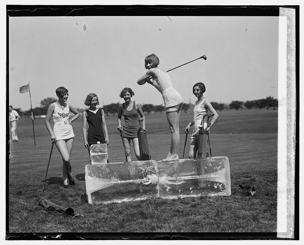 16 x 20 Gallery Wrapped Frame Art Canvas Print of Golf in bathing suits, 7/9/26 1926 National Photo Co  48a