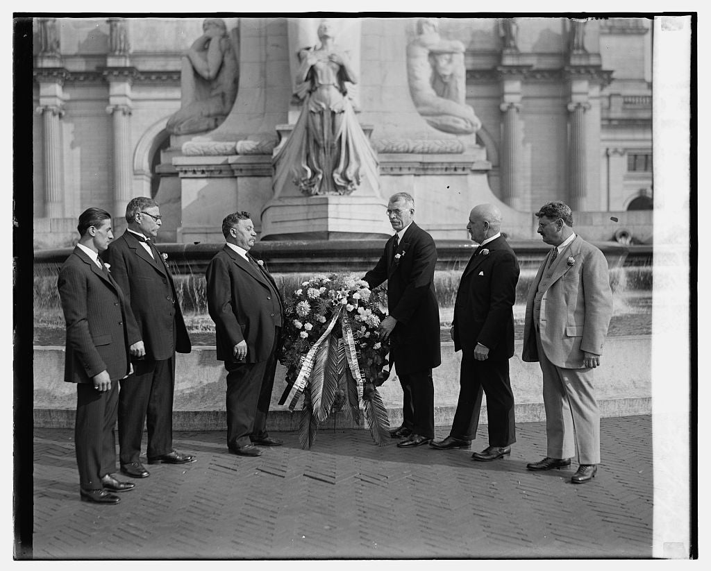 16 x 20 Reprinted Old Photo ofChristopher Columbus Society, 10/12/26 1926 National Photo Co  86a
