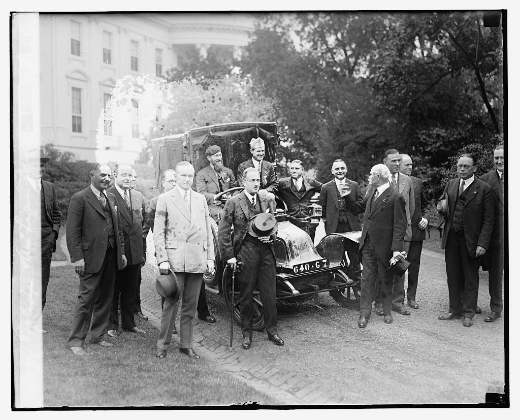 16 x 20 Reprinted Old Photo ofCoolidge & Am. Legion members, 10/16/26 1926 National Photo Co  20a