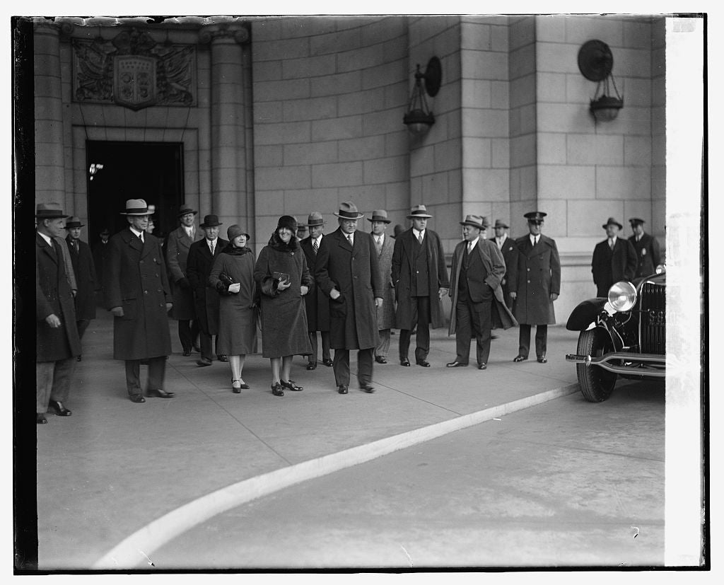 16 x 20 Reprinted Old Photo ofHoover arriving at station, 2/19/29 1929 National Photo Co  37a
