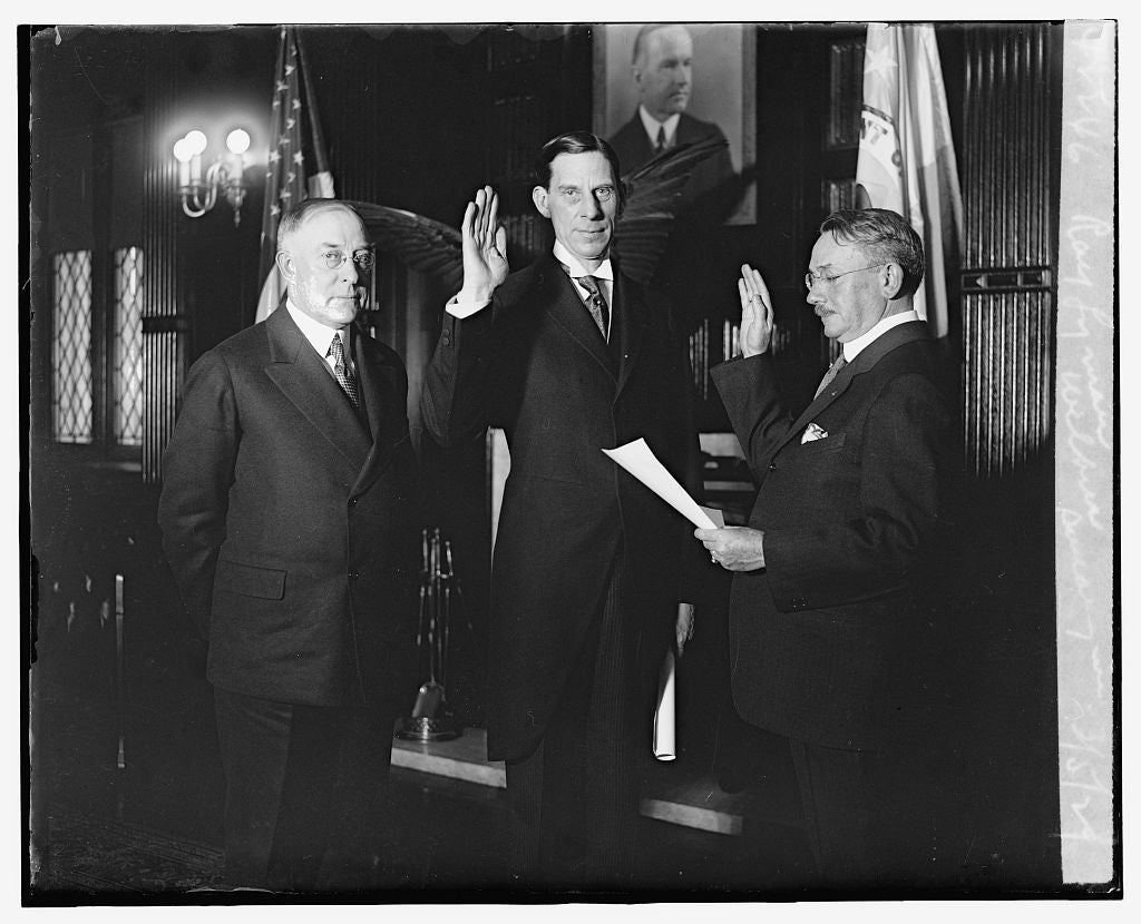 16 x 20 Reprinted Old Photo ofRay Lyman Wilbur swearing in, 3/5/29 1929 National Photo Co  08a