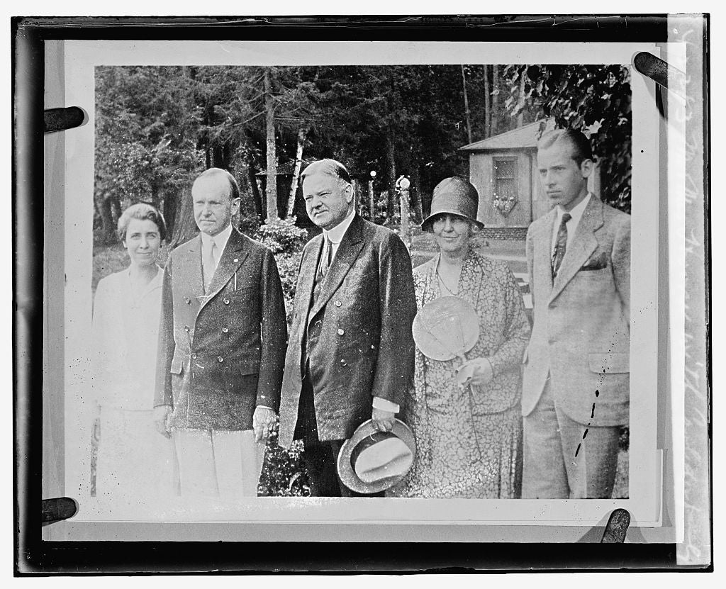 16 x 20 Reprinted Old Photo ofMr. & Mrs. Hoover with Coolidge family 1929 National Photo Co  40a
