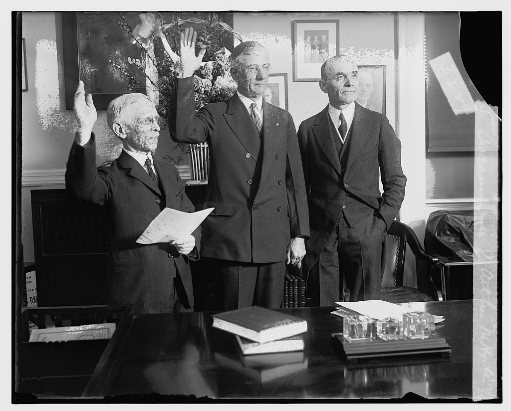 16 x 20 Reprinted Old Photo ofSwearing in of Arthur M. Hyde, 2/6/29 1929 National Photo Co  51a